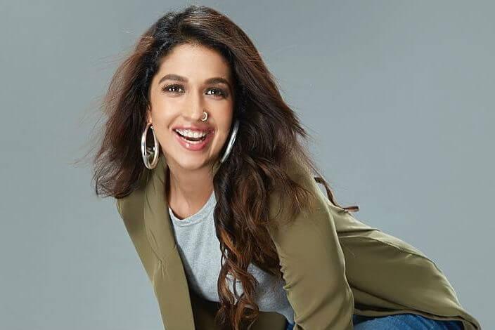 Vicky Kaushal GF Harleen Sethi