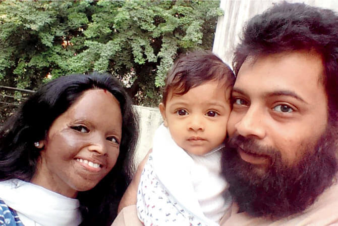 Alok Dixit with Family